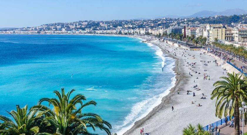 organiser un enterrement de vie de jeune fille à Nice